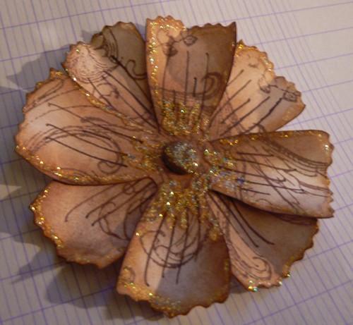 comment fabriquer des fleurs en papier tutoriel vhd cr ations. Black Bedroom Furniture Sets. Home Design Ideas